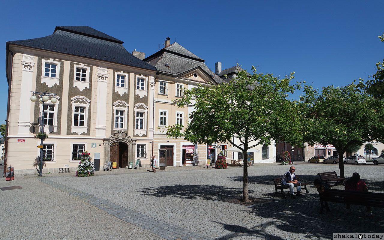 Сам по себе чешский городок Кутна-Гора очень мил
