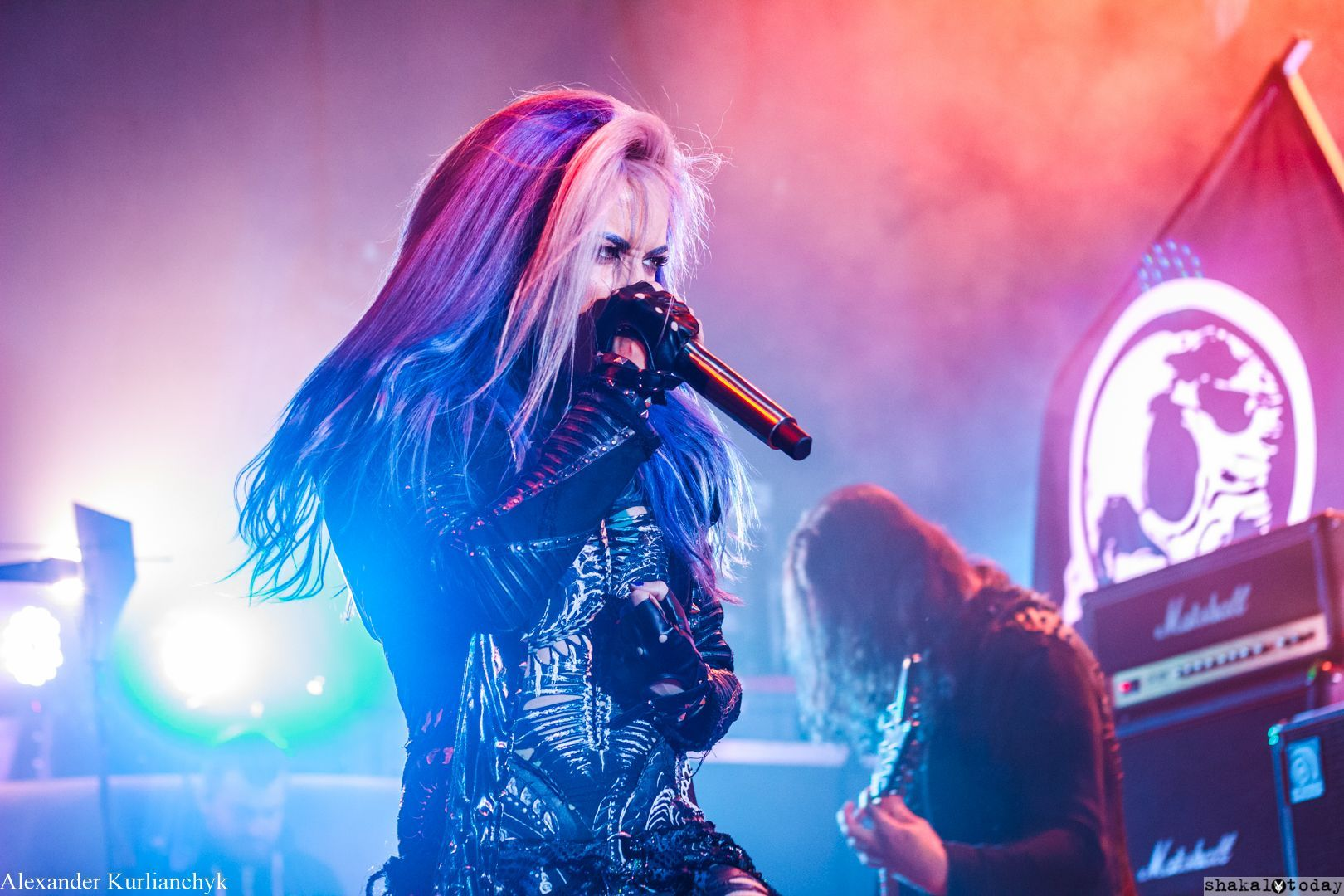 Arch-Enemy-Shakal-Today-18.jpg