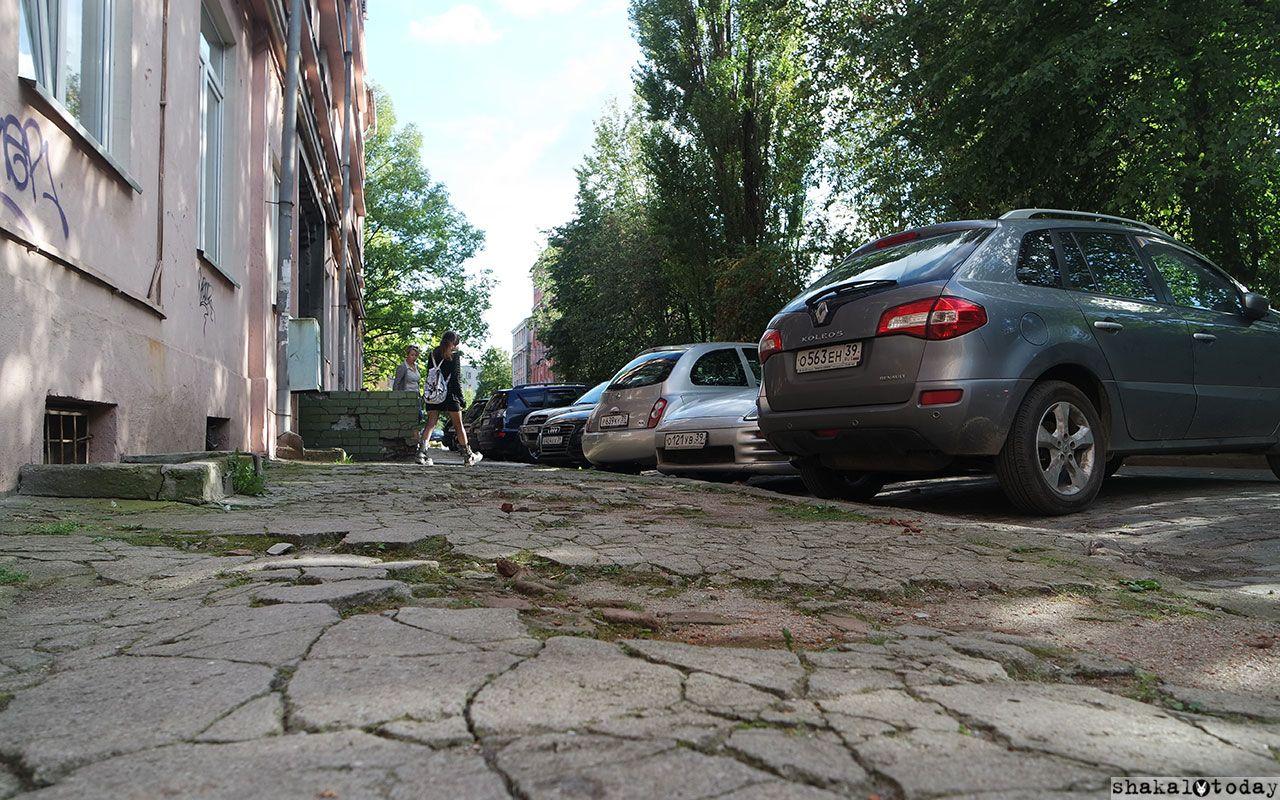 Город любит автомобилистов, а пешеходы и так пройдут