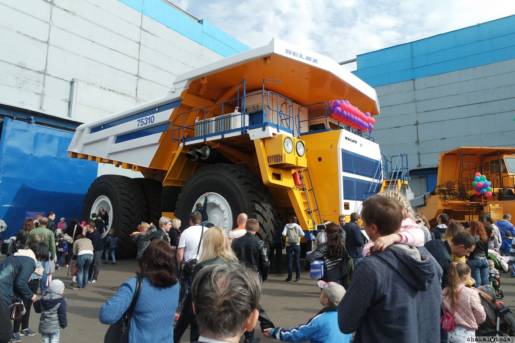 Belaz-Shakal-Today-25.JPG