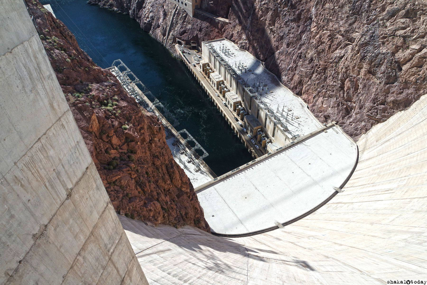 Shakal-Today-Hoover-Dam-0031.JPG